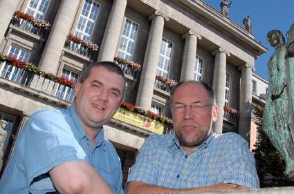 Dr. Werner Kleine und Werner Jacken von der katholischen und der evangelischen Kirche in Wuppertal
